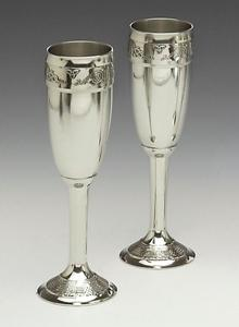 Wedding Pewter Champagne Flute Set with Celtic Design WBQ7L